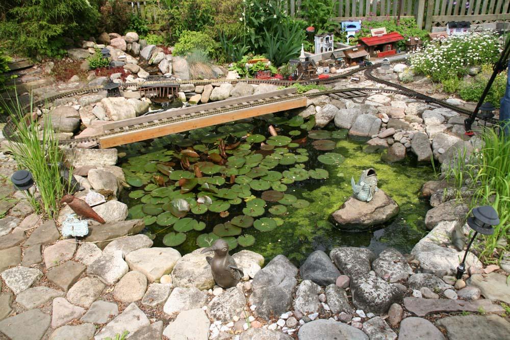 ps素材石头水池